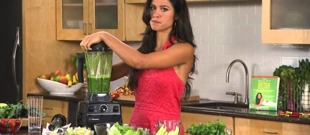 Glowing Green Smoothie – The Beauty Detox by Kimberly Snyder