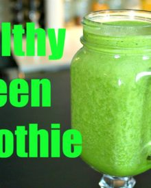 Healthy Green Smoothie with Spinach and Fruit