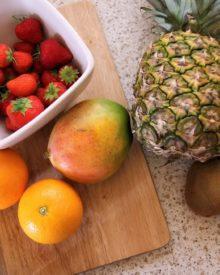 HOW TO MAKE FRUIT SMOOTHIE | Nigerian Food Recipes