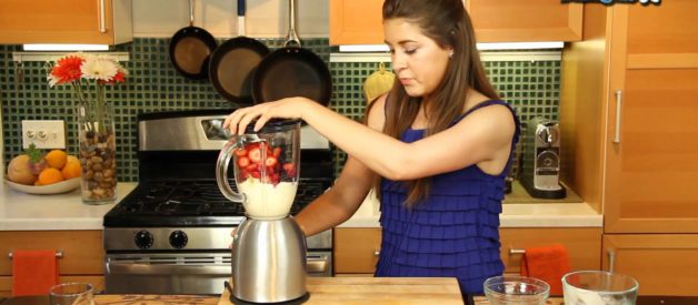 How to Make Fruit Smoothies