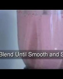 Smoothies : How to Make Strawberry Smoothies Without Yogurt